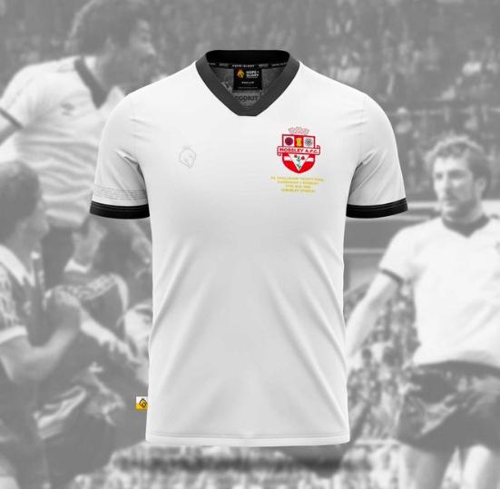 Kits of Non-League: MossleyAFC